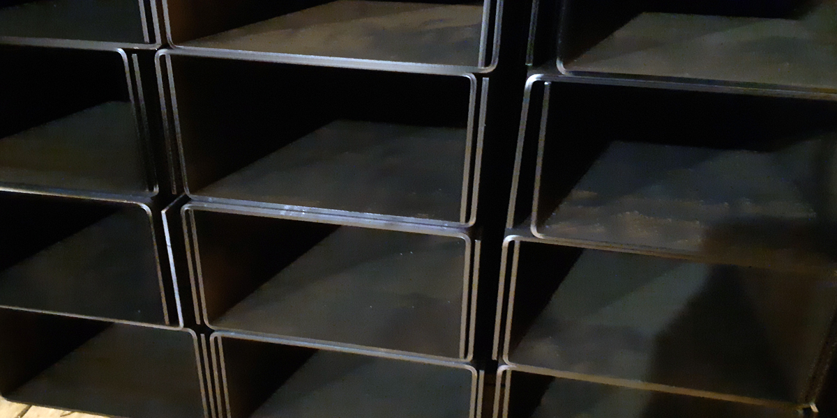 Швеллер гнутый